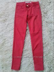 Яркие джинсы скинни Zara, 36р.