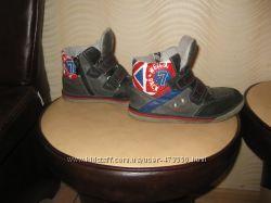 Деми ботинки р 32 по стельке 20, 5 см.
