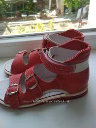 Новые ортопедические сандалии, 32 р