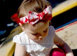 Красивая повязка на голову для маленьких принцесс.