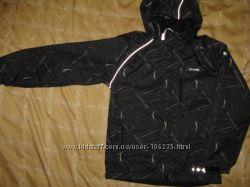 Демисезонная куртка Reima с флиской 140 р