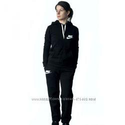 73817ea8 Женский спортивный костюм Nike, 630 грн. Женские спортивные костюмы ...