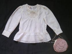 Нарядная блузочка из натуральной ткани, украшенная вышивкой и бисером.