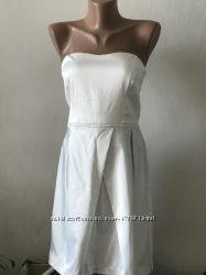 Сукня біла нарядна