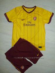 Футбольная форма Nike Arsenal 7-8 лет, рост 122-128