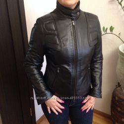 Продам стильную, красивую, утепленную , кожаную женскую куртку