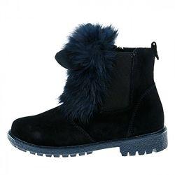 Замшевые ботинки с ушками с натуральным мехом