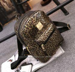 Стильный городской рюкзак золотой леопард
