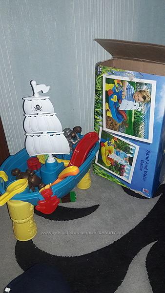 Столик для игры с песком и водой Пиратский корабль