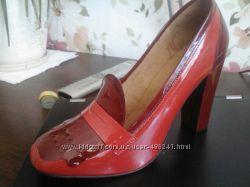 Красивые туфли Cosmoparis из натуральной лакированной кожи, 40 рр.