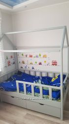 Детская кровать - домик из натурального дерева. Николаев. Кредит.