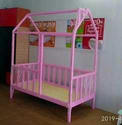 Детская кровать - домик из натурального дерева. Николаев.