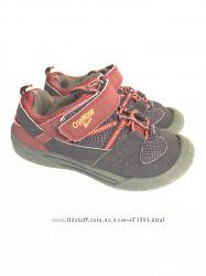 Теплые неубиваемые кроссовки