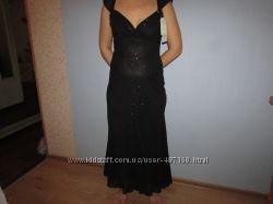 Красивое новое платье р. 36-38