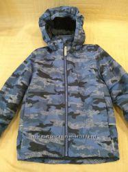 Продам в идеальном состоянии, фирменную Outerwear, Деми куртку, 4-6 лет.