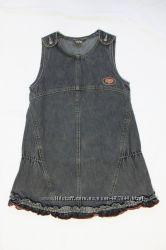 сарафан джинсовый очень красивый на девочку 1-3 класс в отличном состоянии