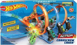 Трек Hot Wheels Corkscrew Crash Невероятные виражи. В наличии