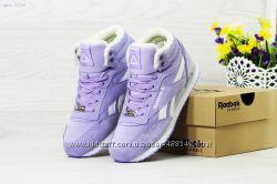 Зимние женские кроссовки высокие Reebok purple