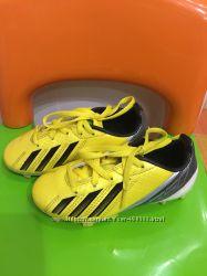 Бутсы футбольные Adidas оригинал 28р. 76eee127b5ad8