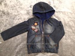 Джинсовая куртка Gloria Jeans на флисе р. 104 2-4 года