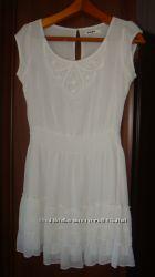Платье Jennyfer на подкладке в хорошем состоянии