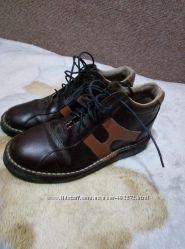 Кожаные ботинки 37 размера