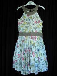 платье с очень пышной юбкой 5-6 лет