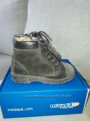 Ботинки Майорал демисезонные 27 размер