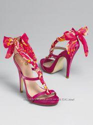шикарные розовые босоножки на каблуке  Colin Stuart для Victorias secret