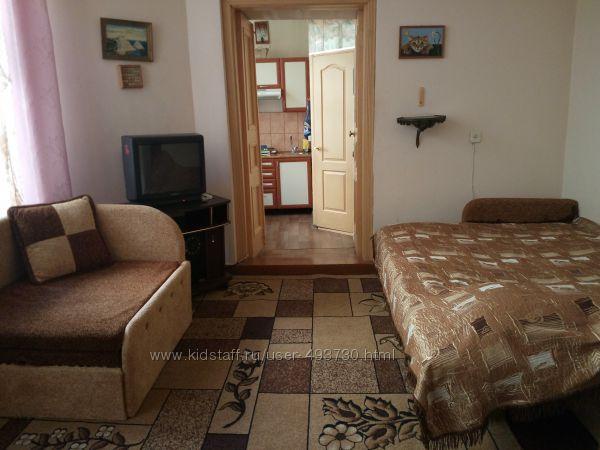 Сдам1 комнатную квартиру в самом ЦЕНТРЕ ЯЛТЫ-САДОВАЯ