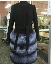 Пальто эксклюзив с натуральным мехом чернобурки