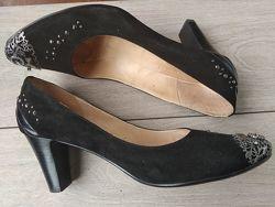 Туфли замшевые нарядные 41р