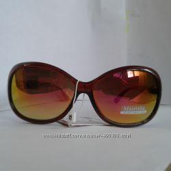 Солнцезащитные очки разные шикарные.