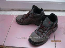 Ботинки демисезонные детские Adidas 32р оригинал, кожазамша
