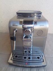 Кавомашина кофеварка автоматична Saeco Syntia з Німеччини є вибір