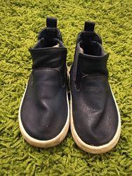 Класні черевички на осінь-весну для дівчинки H&M
