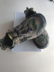 Летние кроссовки  мальчику размер 36