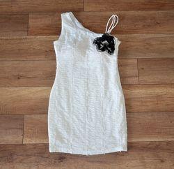 Нарядное новое платье Frime M-ка