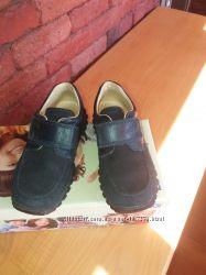 Очень удобные замшевые туфли Primigi  30 размер