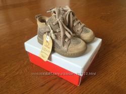 Премиум ботиночки для малышки 20р Shoo pom