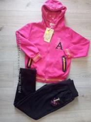 Спортивный костюм 134-для девочек Венгрия