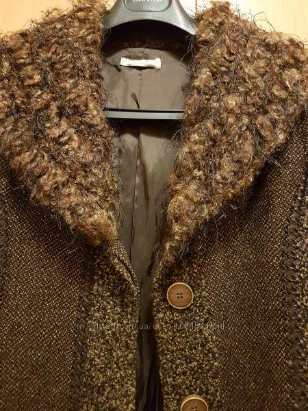 Полупальто осень весна р. 46-48 Италия дизайнерская коллекция ткань трикот