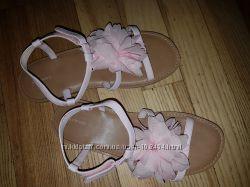 Босоножки для девочки розовые длина 24 см  фирма LANDS AND