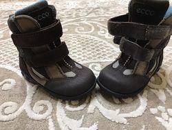 Зимние ботинки Ecco gore tex р. 22 в отличном состоянии