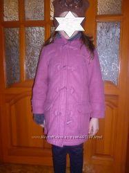 продам деми пальто на девочку 5-6 лет на рост 116-122 см, розового цвета, в