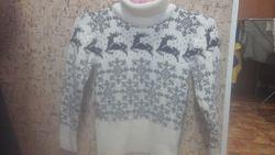 Тёплый свитер ок 128 р.