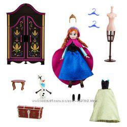 Мини кукла Анна с гардеробной Frozen Дисней