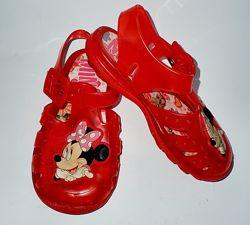 силиконовые сандалии/мыльницы Disney Минни