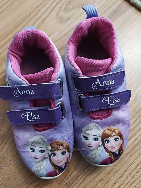 Кроссовочки Disney
