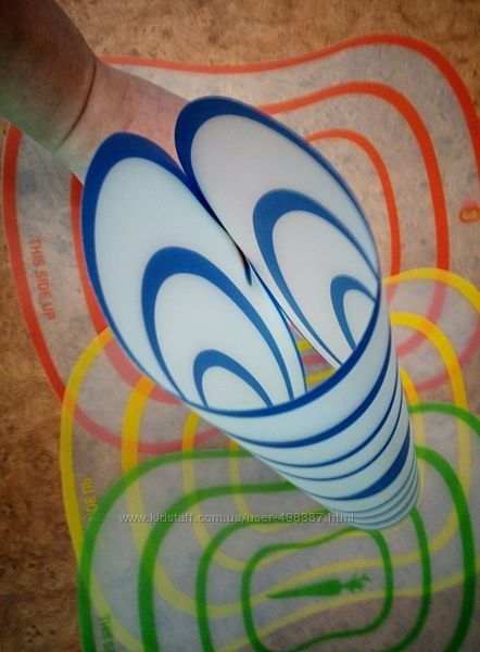 Пластиковая разделочная доска 40х30 см гибкая для нарезки цветная